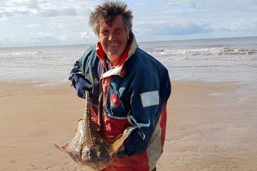 Jeff Osborne landed this cracking thornback