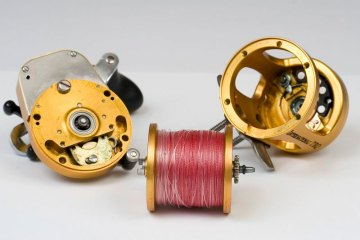 Penn International TRQ100 reel stripped