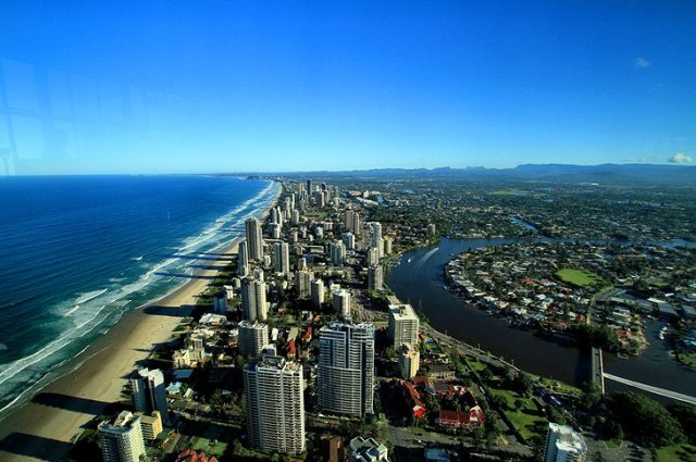 SkyPoint, Surfer's Paradise