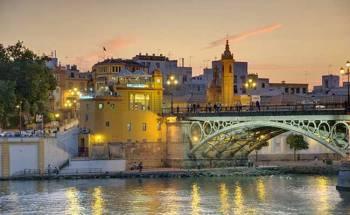 Puente y Barrio de Triana