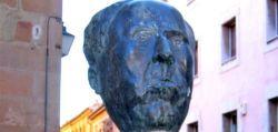 Busto Antonio Machado en Soria