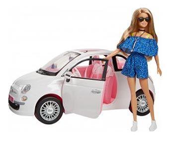 Muñeca Barbie con coche
