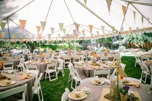 outdoor round table wedding
