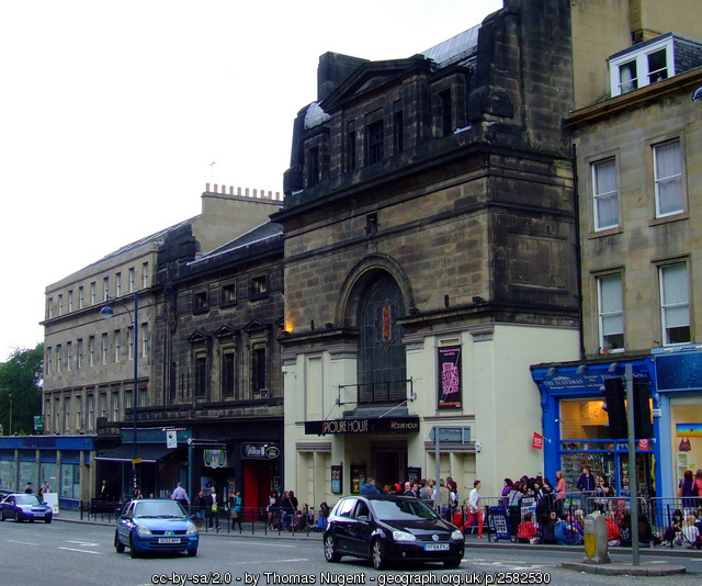 Picture House | CC | Thomas Nugent | http://www.geograph.org.uk/photo/2582530