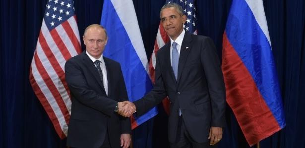 28set2015--o-presidente-dos-estados-unidos-barack-obama-a-dir-e-o-presidente-da-russia-vladimir-putin-a-esq-se-cumprimentam-antes-de-reuniao-na-assembleia-geral-das-nacoes-unidas-na-sede