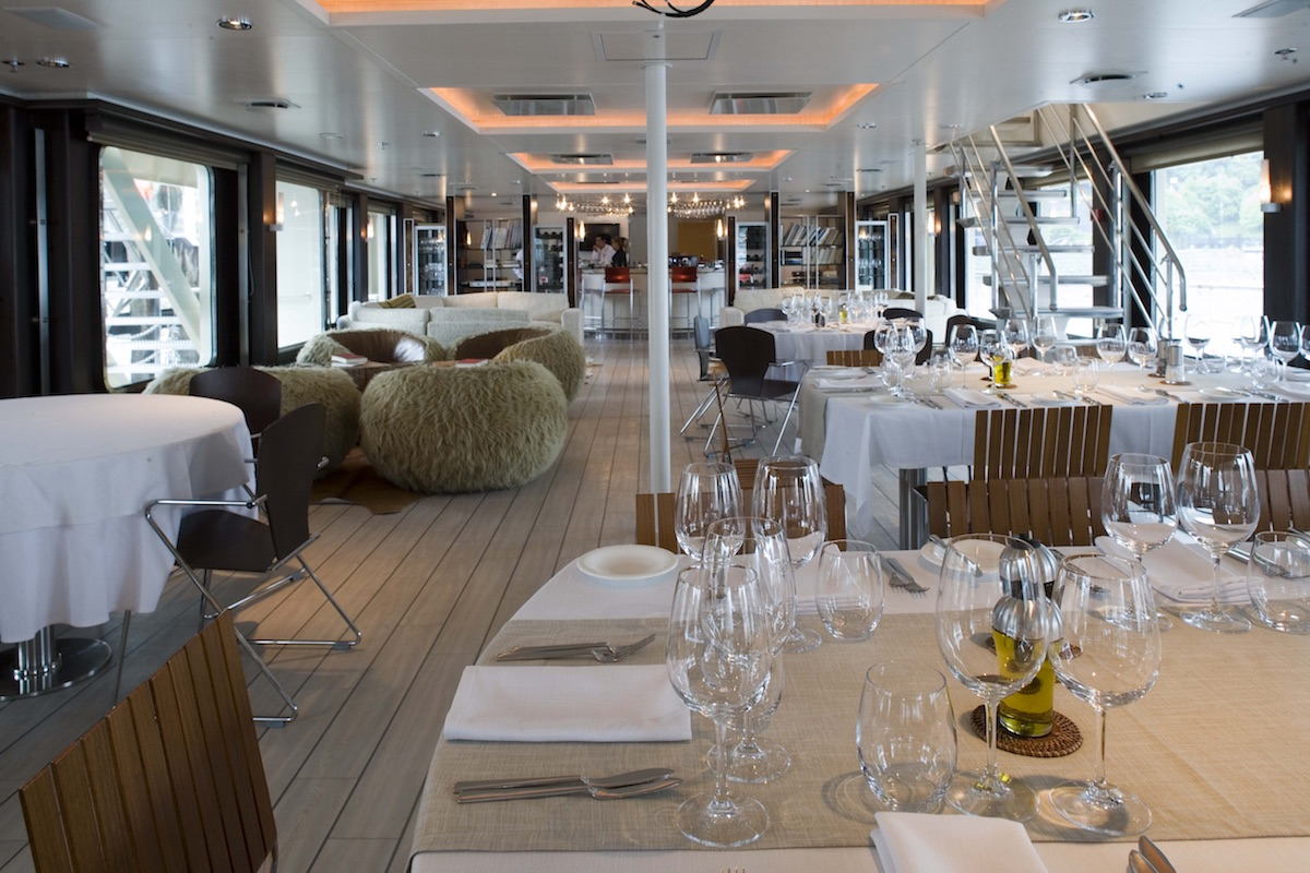 Cruising the Chilean Fjords - Atmosphere Dining Room