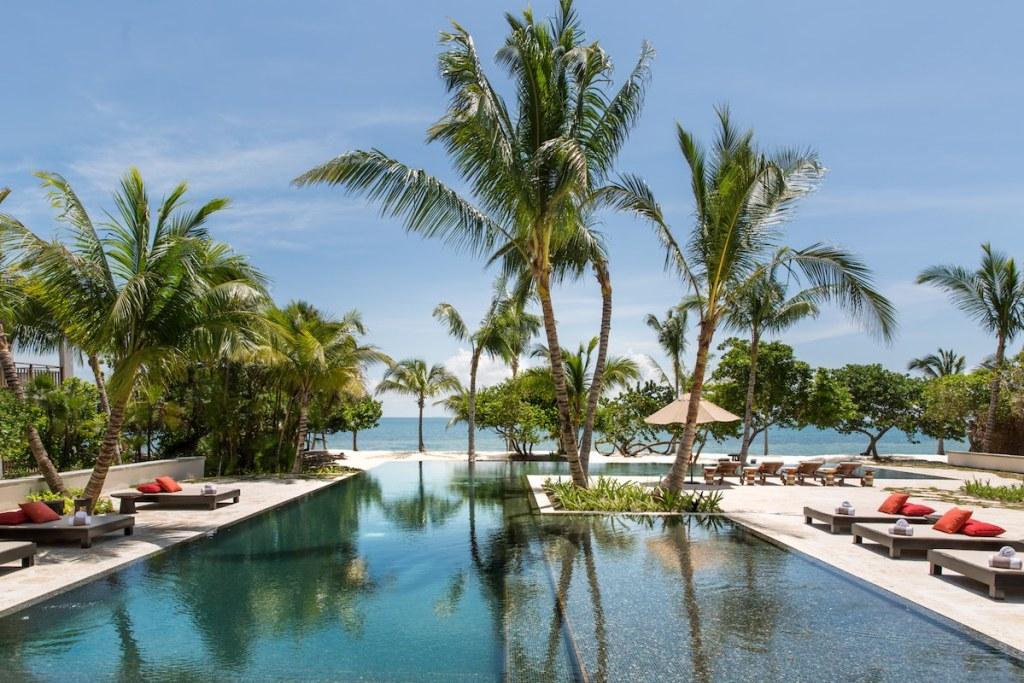 Itz'ana Belize - Pool View