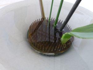 La base del ikebana: el kenzan