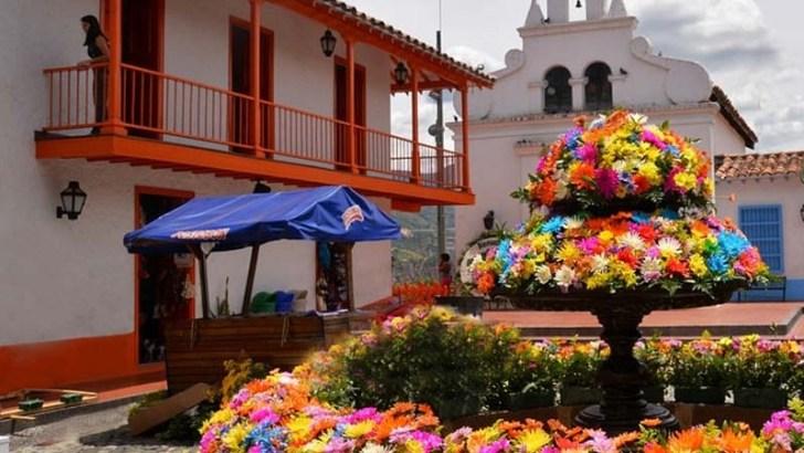 Características de la Feria de las Flores