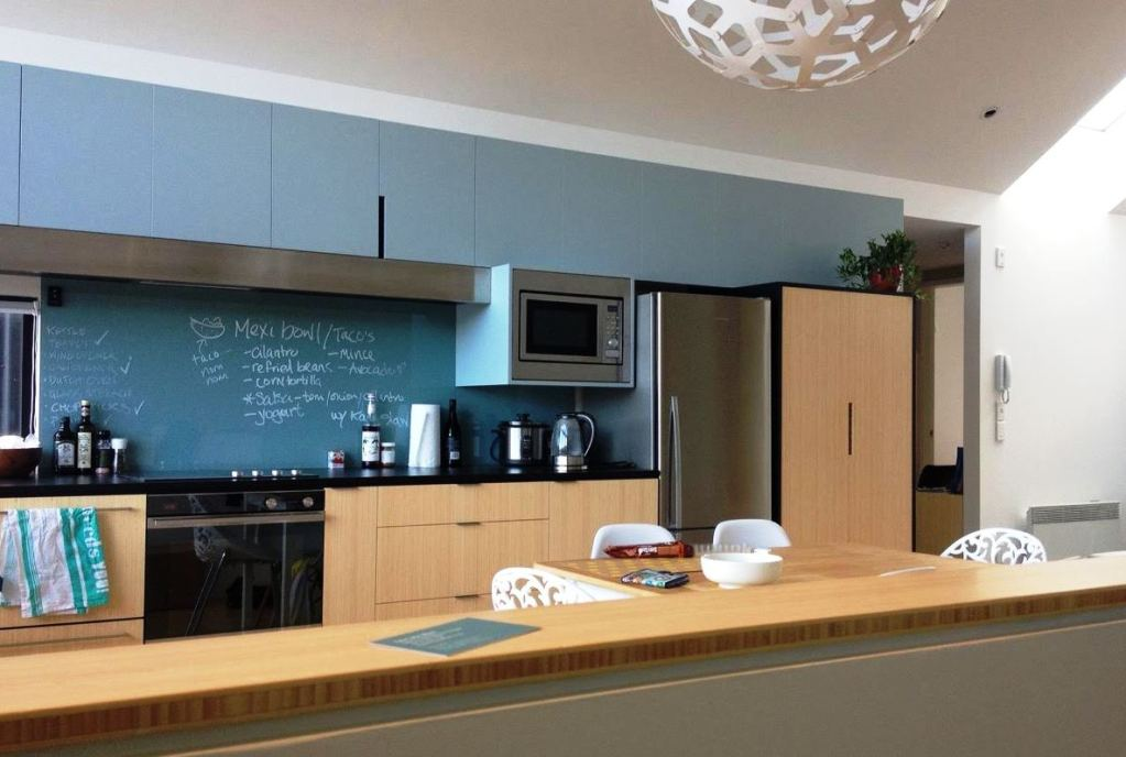 plantation_bamboo_panels_joinery_vertical_nz_new zealand_interior_design_natural_benchtop_vertical_kitchen
