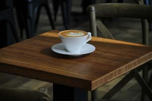 compressed-coffee-bamboo-panel-as-table
