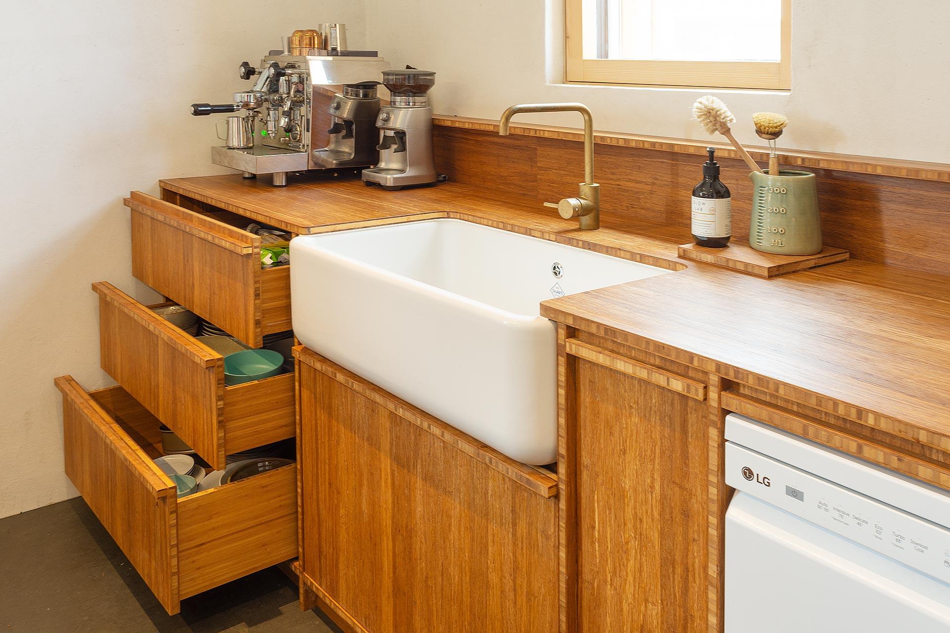 w21021105-passive-kitchen