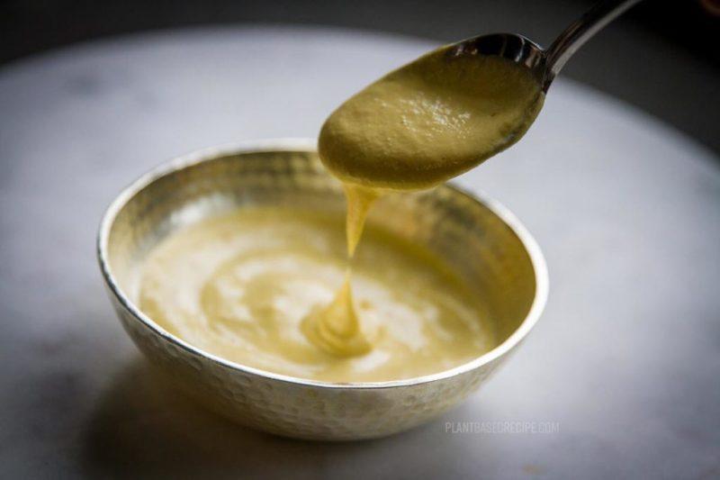 Vegan Mango dipping sauce