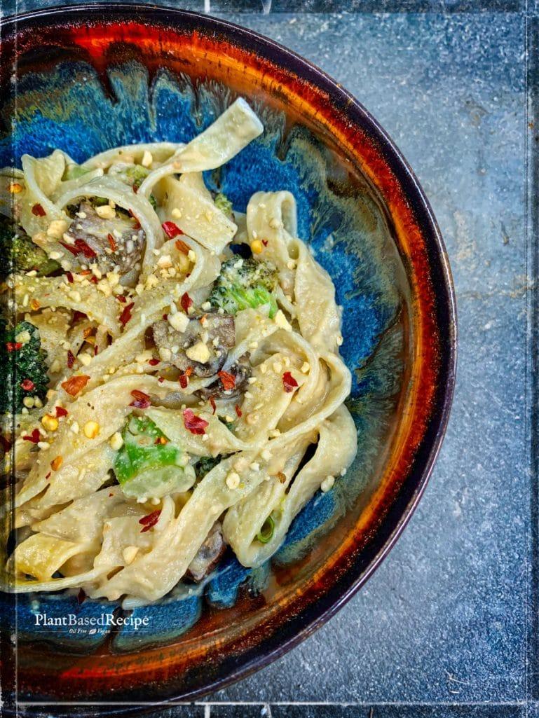 Insanely delicious vegan alfredo sauce recipe (Oil free, low sodium)