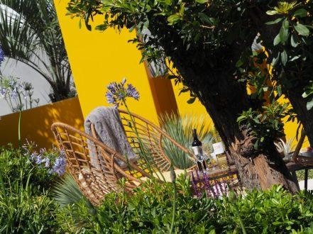 Just look at the vibrant colour in Alan Rudden's Living La vida 120 garden