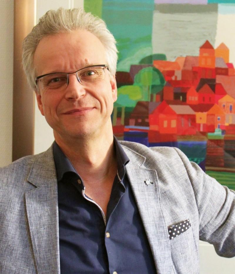 drs. Martin van der Zwan