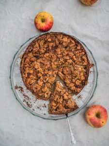 Apfelkuchen mit Streuseln und Spekulatius Aroma