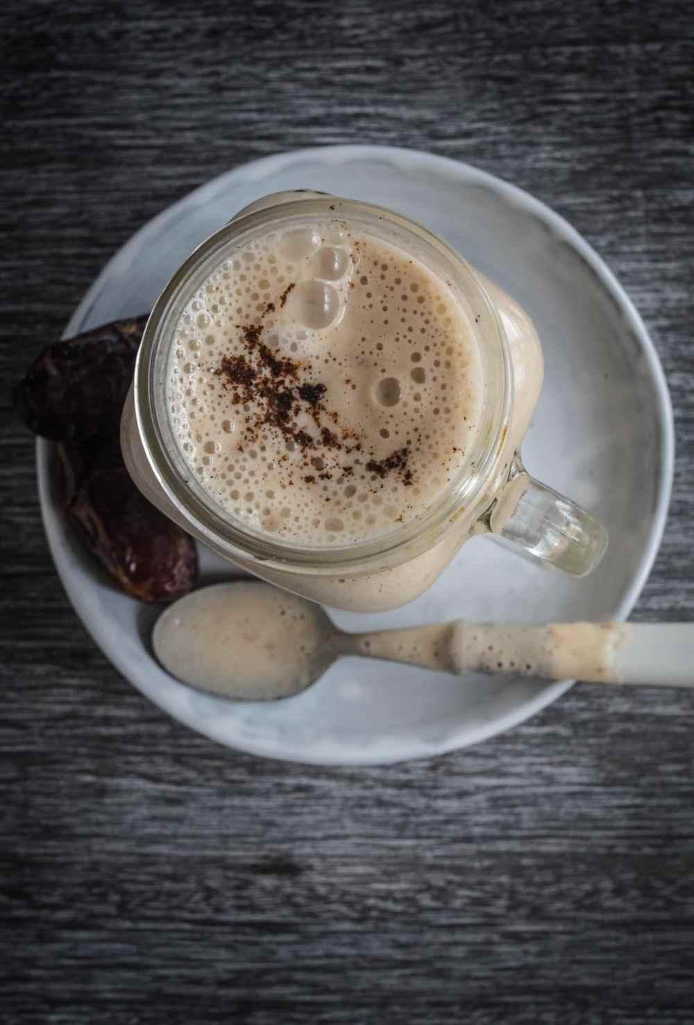Ein Traum von einem Smoothie: Cremiger Vanille Mandel Smoothie