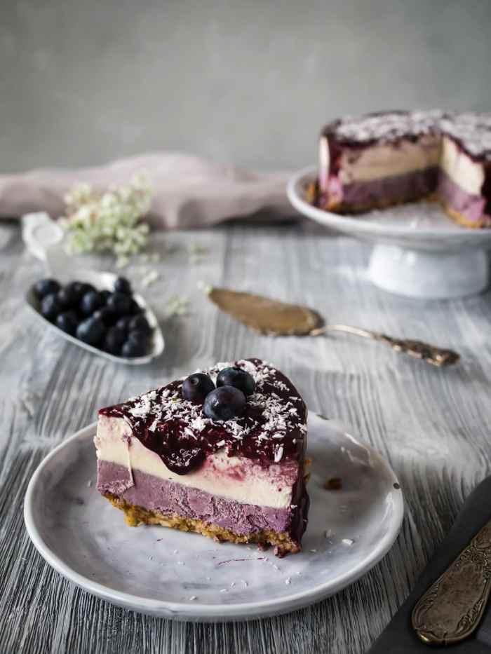 Roher Blaubeer Kokos Cheesecake