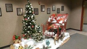 large holiday sleigh display