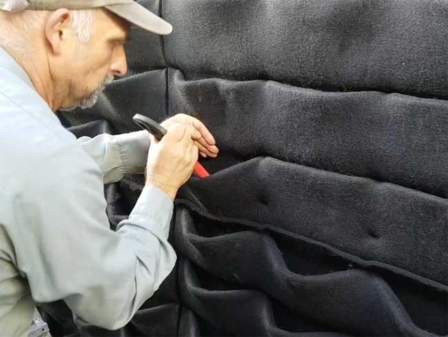 Florafelt® Pockets stretch open 2-3 inches before planting. (Showplant Nursuries)