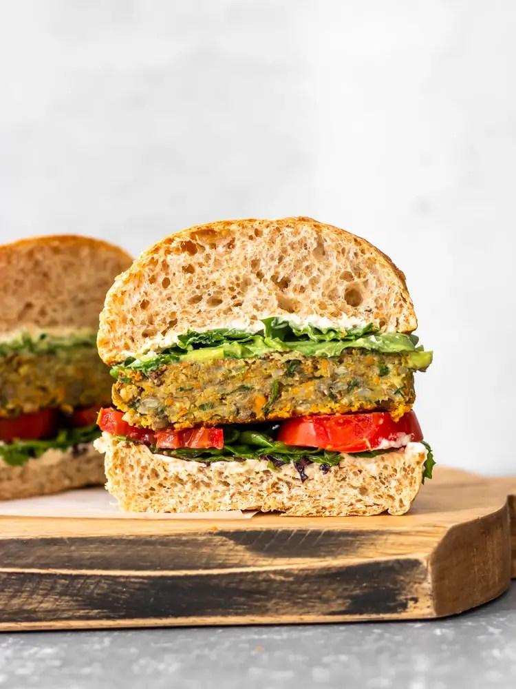 hambúrguer de lentilha vegano