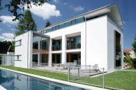 K35 – Neubau eines Einfamilienhauses mit Pool