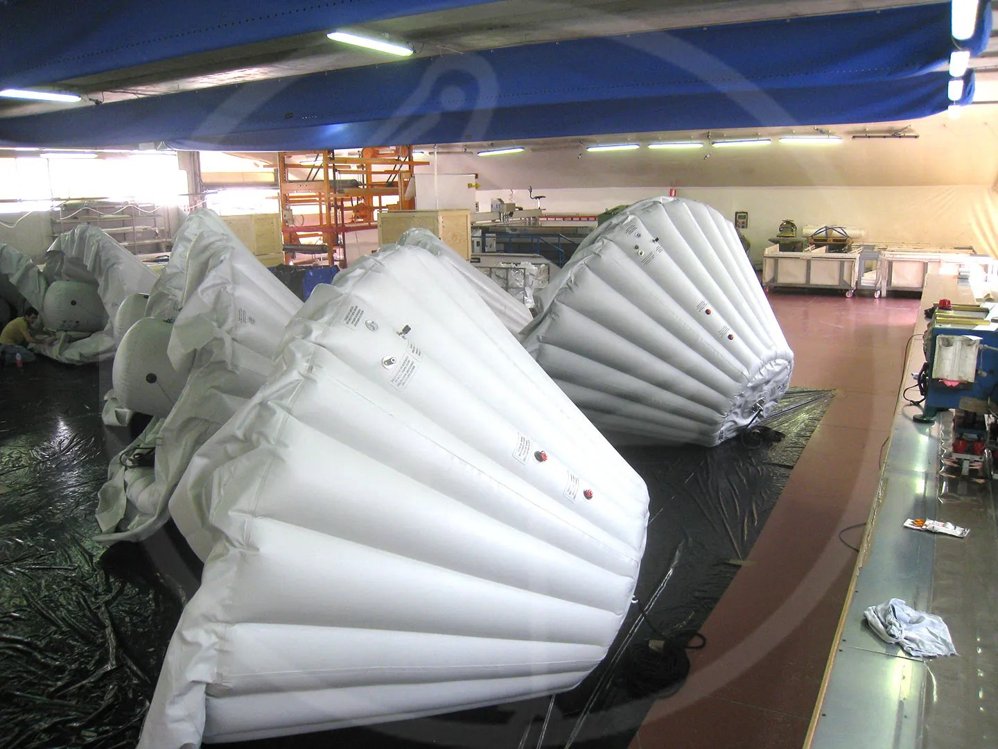 Inflatable protections detail for Ariane module New Guinea Base