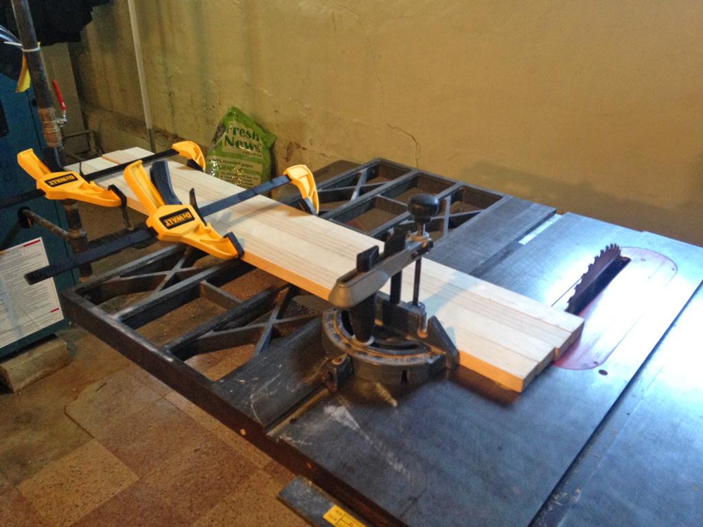 DIY - Easy wood picture frames -- Plaster & Disaster.jpg