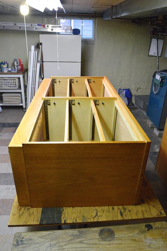 mid century modern style dresser