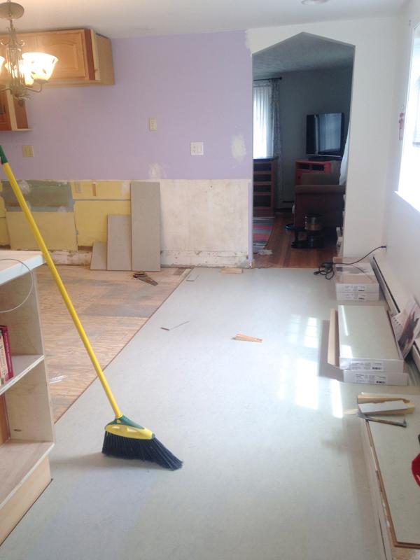 Installing marmoleum linoleum floors -- Plaster & Disaster