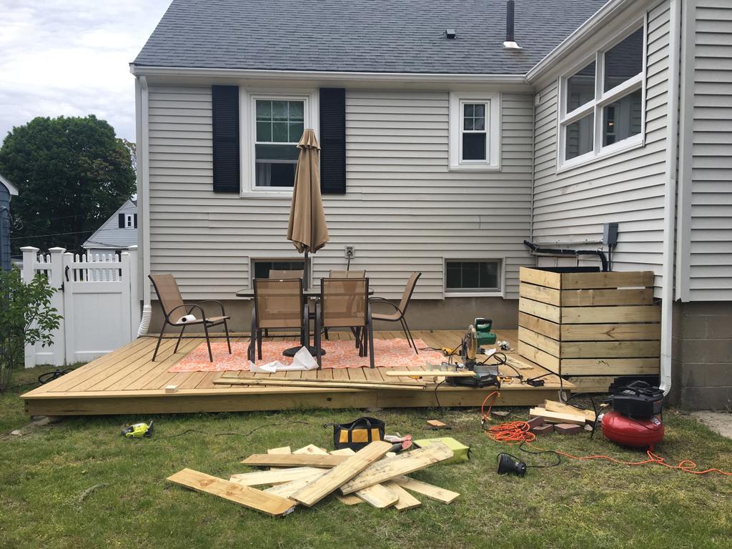 Outdoor screening -- Plaster & Disaster