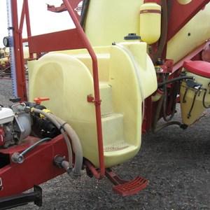 Boomspray tank repairs