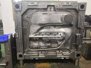 Automotive panel mold