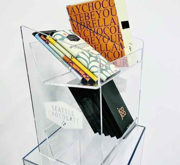Acrylic displays for retails