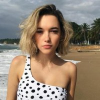 Sarah Snyder Plastic Surgery : Breast Butt Nose Chin Lips