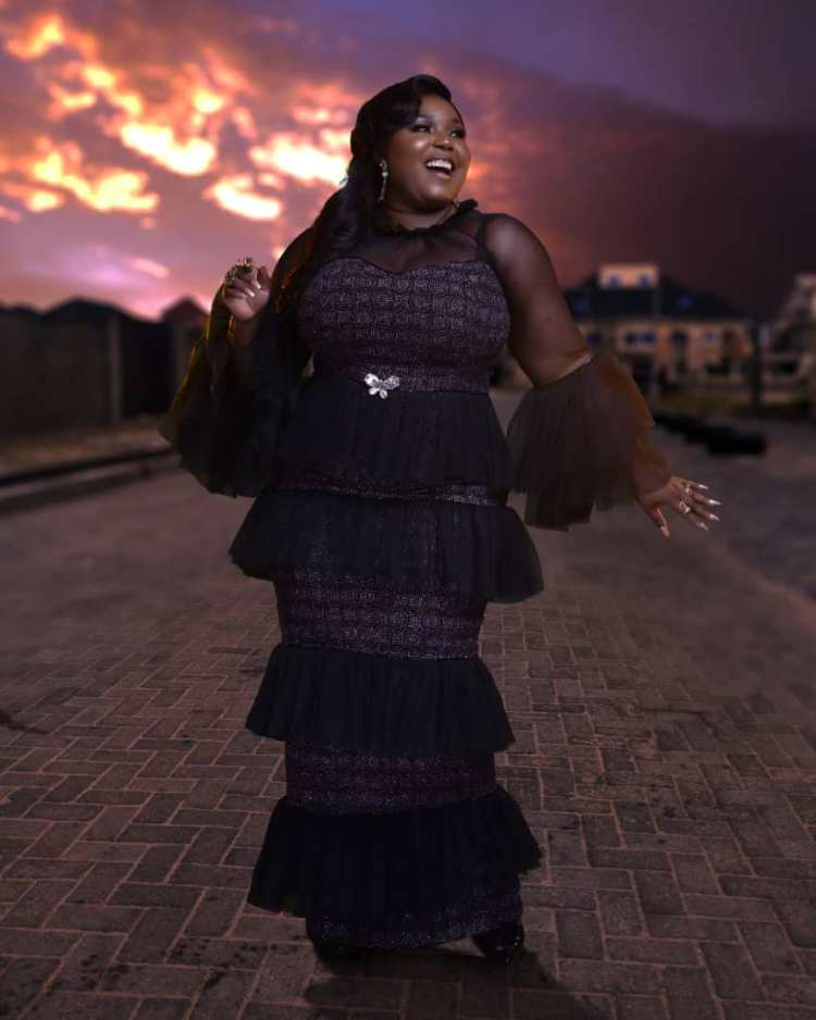 fashion-for-curvy-the-latest-makioba-may-2019-collection
