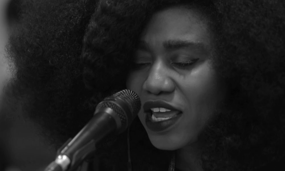 another-spontaneous-worship-performed-by-ty-bello-and-nosa