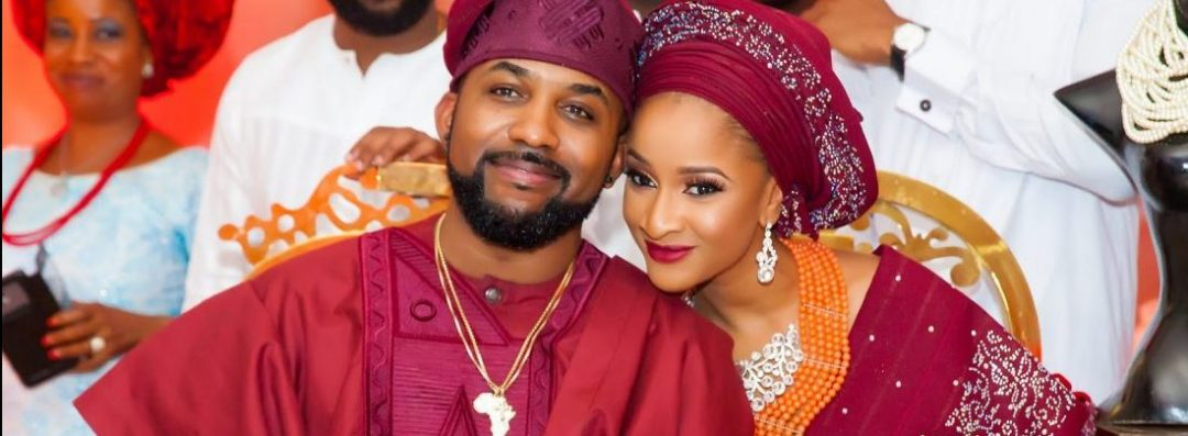Traditional Wedding Colours: Will This 2019 Trend Survive In 2020?