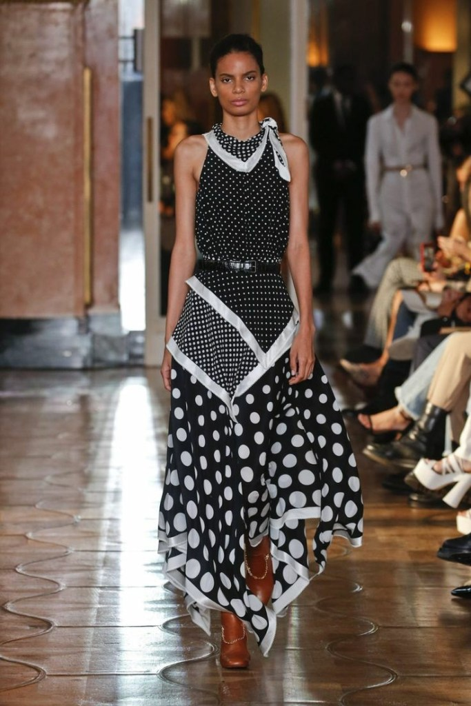 Five Do's And Don'ts Of Styling Fashion's Biggest Boomerang; Polka Dot