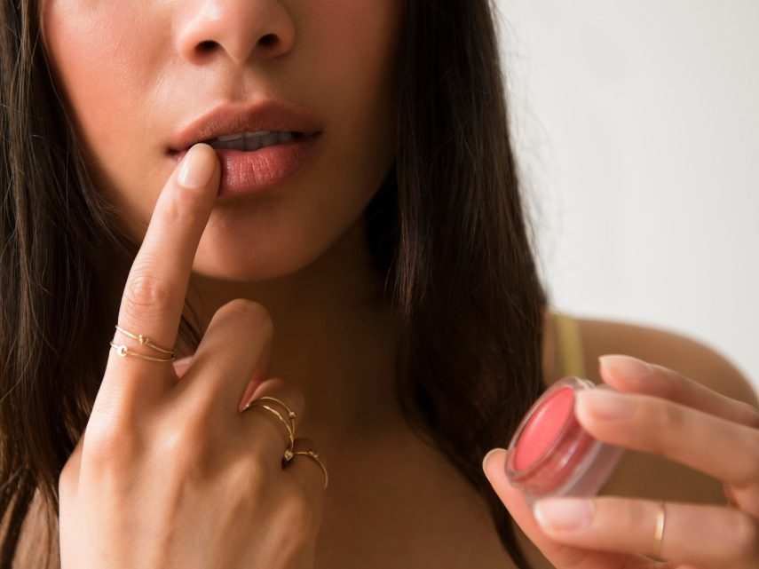 Five Easy Hacks To Recreate Beautiful Plump Lips