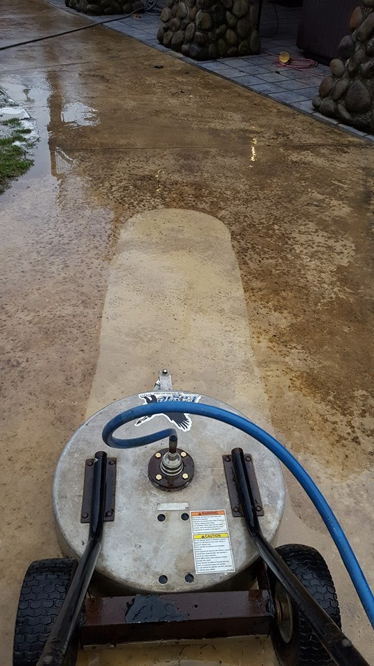 Pressure washing concrete, pressure washing service