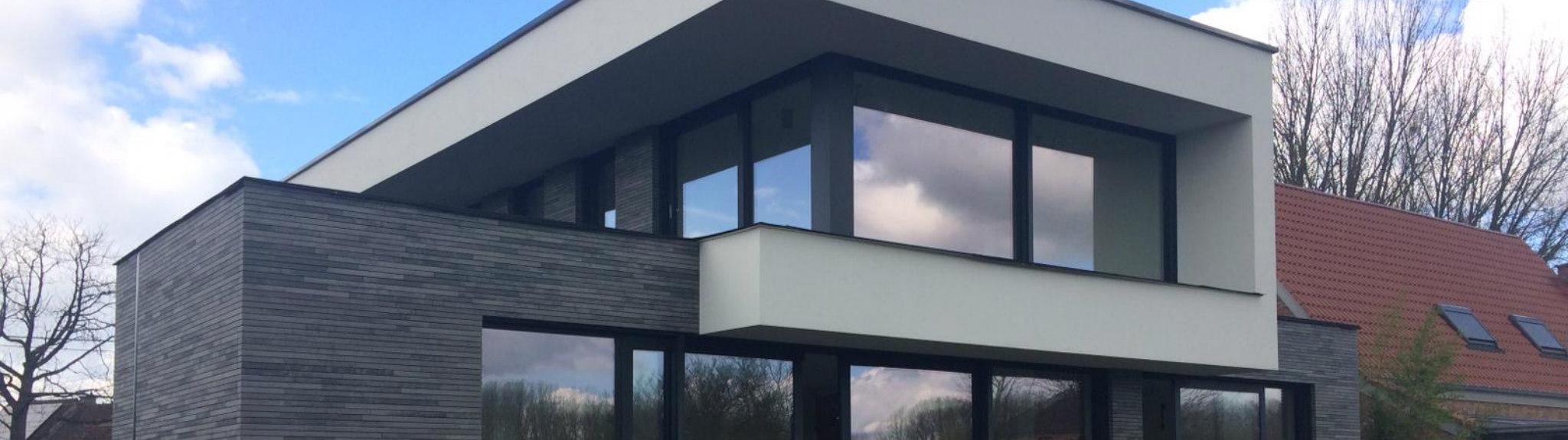 Lede ramen en deuren