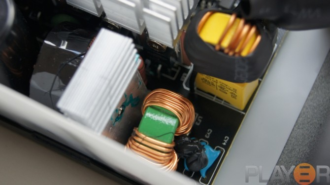 Be Quiet Pure Power L8 530W Internals 5