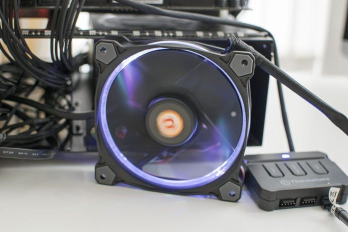 Thermaltake Riing 120 RGB 120mm Fan 6