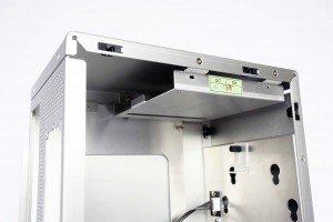 Lian Li PC-Q21A - slim ODD and drive bay