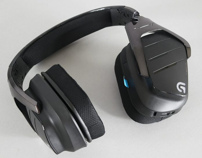 Logitech G633 Artemis Spectrum Headset Review 3