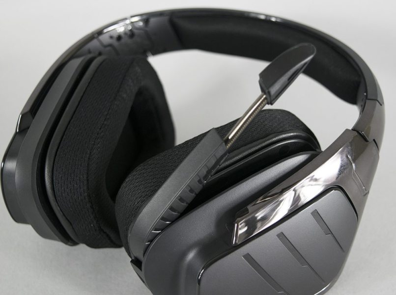 logitech g933 artemis spectrum gaming headset black