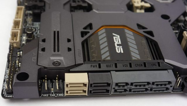ASUS Sabertooth Z170 Mark 1 - SATA Pic
