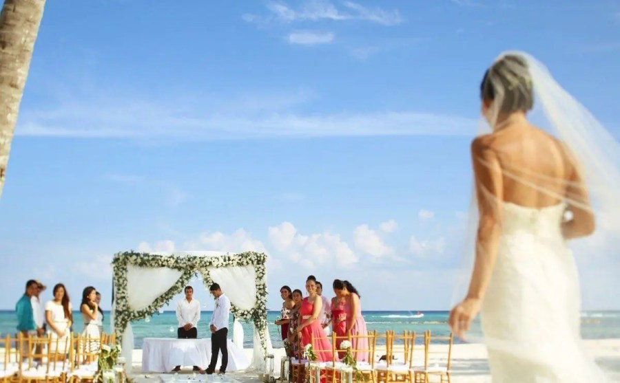 Your Average Cost of an All Inclusive Wedding in Mexico  2018   2019  Average Cost of an All Inclusive Destination Wedding in Mexico